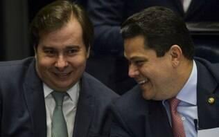 """Reforma tributária: """"quem tem três propostas, não tem nenhuma"""", diz Alcolumbre"""