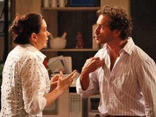 Guaracy se declara e discute com Griselda por ter sido iludido
