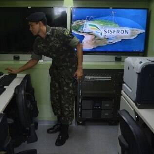 Sistema de Monitoramento de Fronteiras (Sisfron) é um dos projetos ameaçados