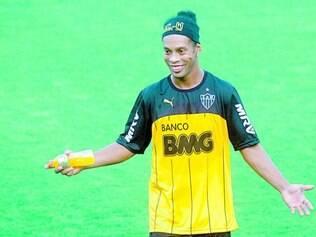Treinamento.  Ronaldinho Gaúcho vai continuar aprimorando a forma física na Vila Olímpica