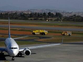 ECONOMIA : CONFINS - MG - AEROPORTO DE CONFINS . Plano de Melhoria da Infraestrutura (PMI) Inicio da Operacao assistida da BH Airport FOTO : JOAO GODINHO / O TEMPO 11.08.2014