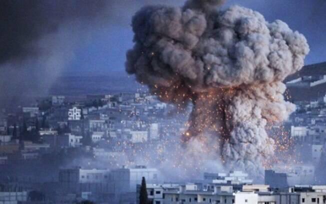 A cidade de Kobani, na Síria, foi alvo de intensos ataques no ano passado