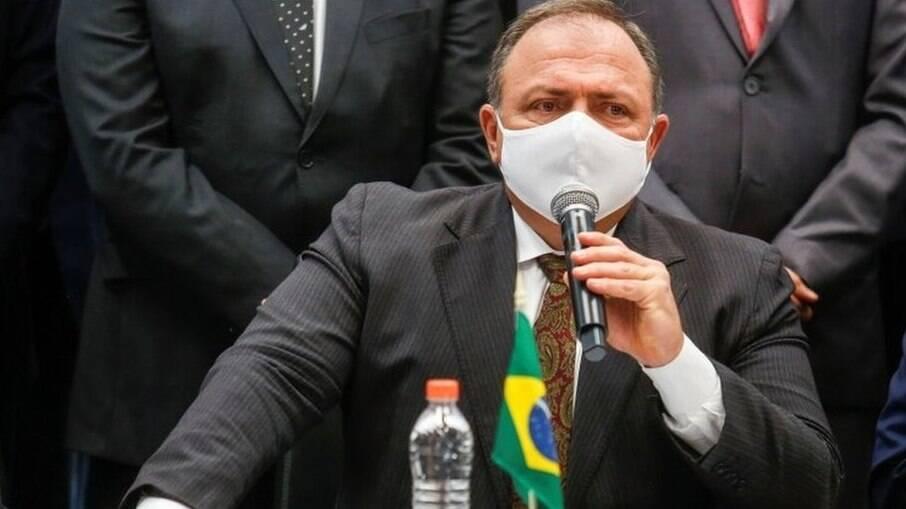 Pazuello tenta acordo com a Sinopharm para ter a vacina chinesa no Brasil