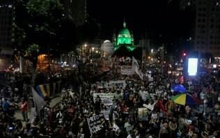 Ato contra a reforma da Previdência no Rio tem confusão e intervenção da Polícia