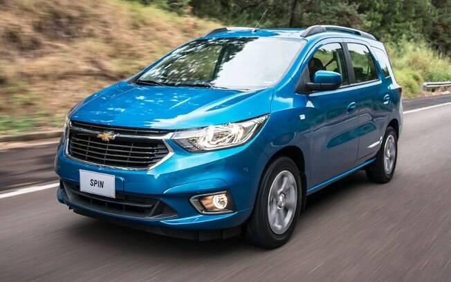 Chevrolet Spin 2019 passa a ter linhas mais modernas, mas conjunto mecânico continua sem mudanças