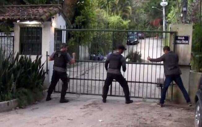 Polícia cumpriu mandados de prisão na manhã desta quinta-feira