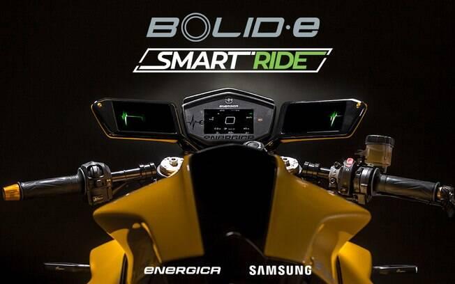 Desenvolvida na Itália, a moto elétrica traz um par de Samsung Galaxy A8 no lugar dos retrovisores