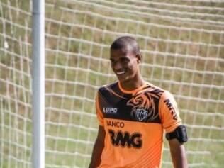 Vínculo atual de Lucas Cândido com o Atlético vai até 2015