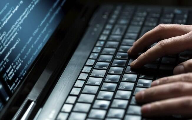 As conversas nos chats das redes sociais podem se transformar  num crime
