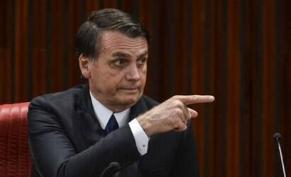 TSE faz ofensiva contra Bolsonaro; entenda a crise