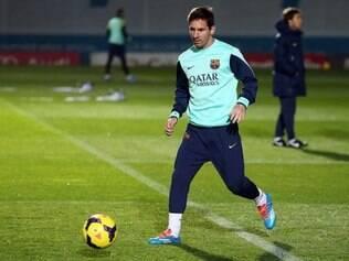 Lionel Messi retorna às atividades com bola e já dá mostras que está com muita saudades dos gramados