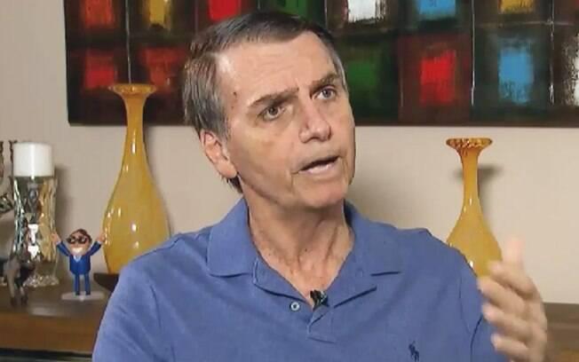 Jair Bolsonaro afirmou que gostaria de indicar alguém com o perfil do juiz Sergio Moro para o STF