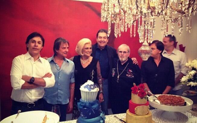Tom Cavalcante e Hebe Camargo festejam com Roberto Carlos, Jô Soares e Faustão