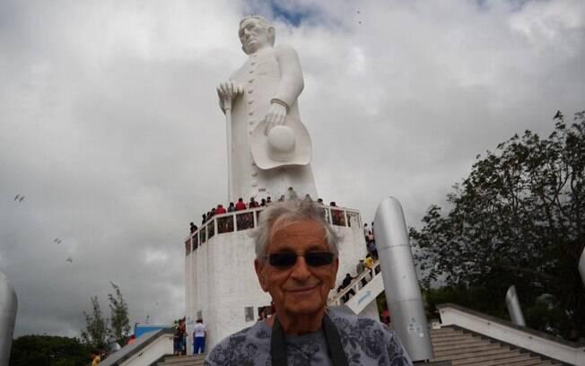 Fernando Gabeira viaja pelo Brasil em nova série da GloboNews