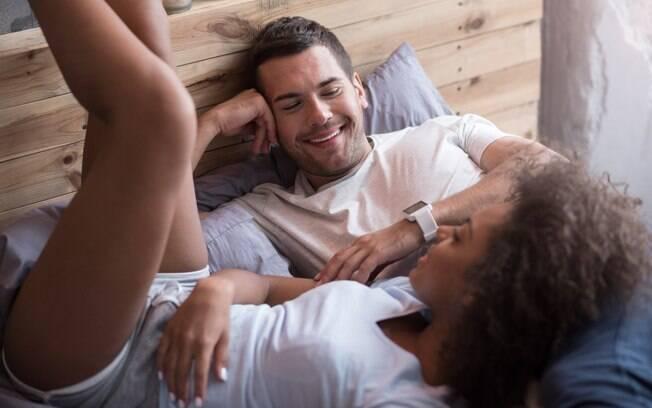 Demonstrar amor nas pequenas coisas e manter a comunicação garante um bom relacionamento a longo prazo