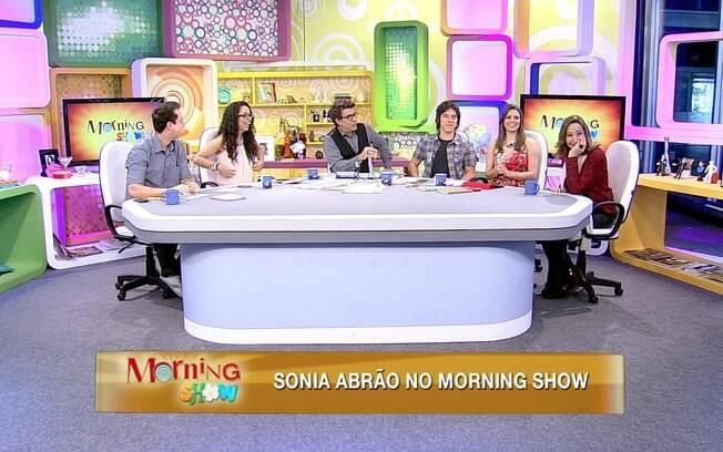 Sônia Abrão no programa 'Morning Show'