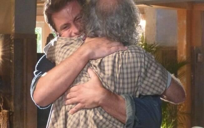 Chico e Cassiano se reencontram depois de tantos anos, em
