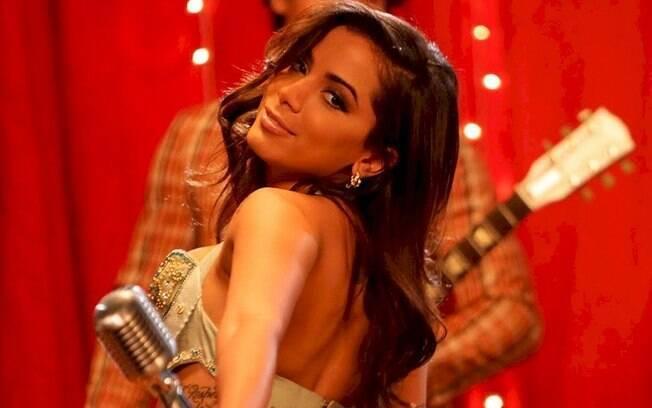 Anitta: fãs especulam que ela comprou mansão de R$ 8 mi nos EUA