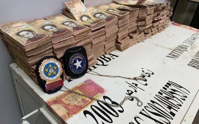 Milhões de bolívares venezuelanos foram encontrados em caixa do Banco Central do Iraque no Rio