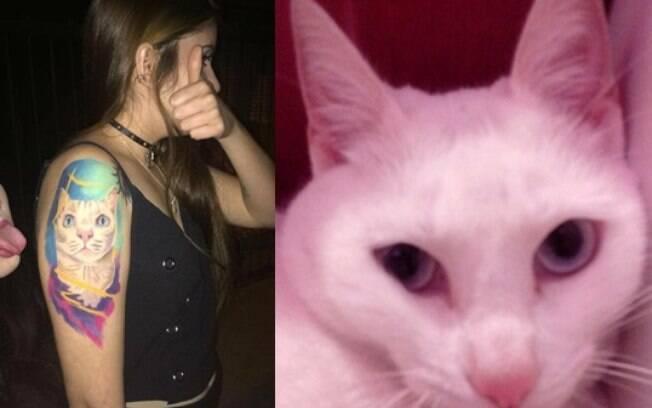 Déia Gröess e sua gata