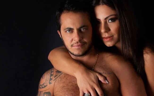 Thammy Miranda posta fotos ousadas ao lado da esposa e causa polêmica!
