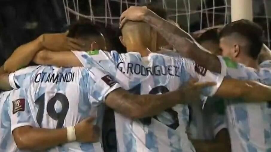 Argentina vence Venezuela por 3 a 1