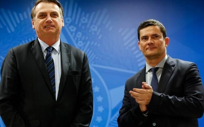 Bolsonaro elogiou e parabenizou Sérgio Moro por seu desempenho durante a sabatina realizada na quarta-feira (19)