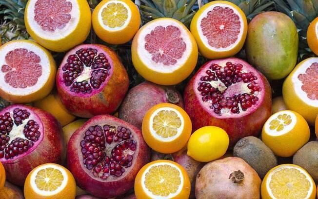 Conheça os alimentos para deixar sua pele hidratada