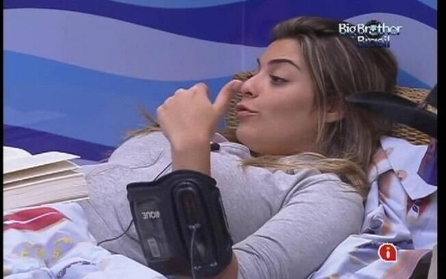 Monique fala mal da sister e João Carvalho diz que estavam