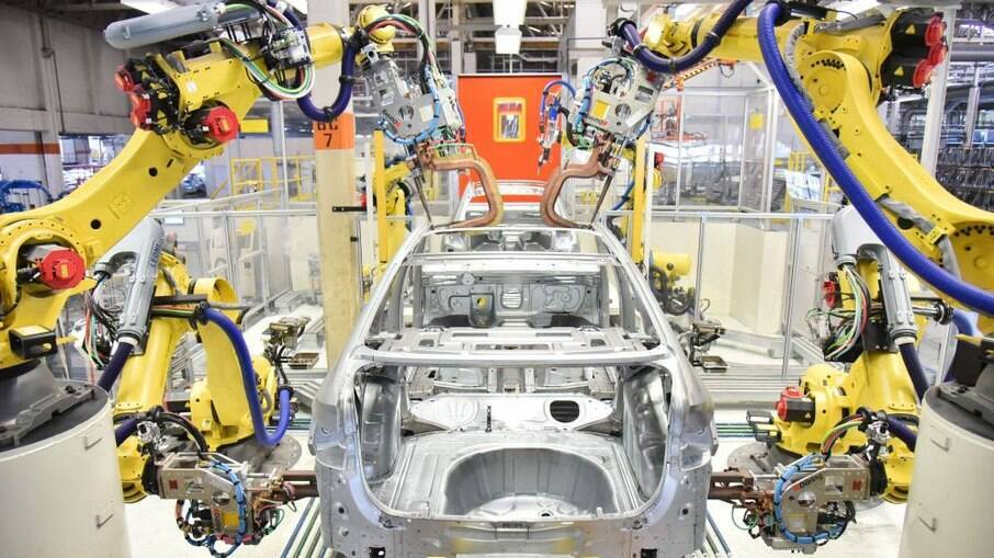 Falta de peças é hoje o principal fator que pode levar à paralização da produção de carros no Brasil