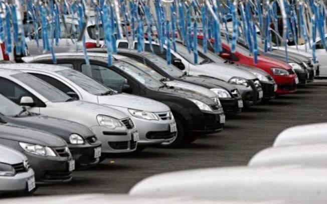 Janeiro teve queda de  5,2% nas vendas, segundo a Anfavea. Ainda assim, a expectativa é de melhora no 2º trimestre