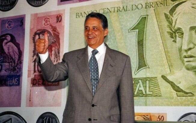O ex-presidente Fernando Henrique Cardoso comemorou o aniversário do Plano Real