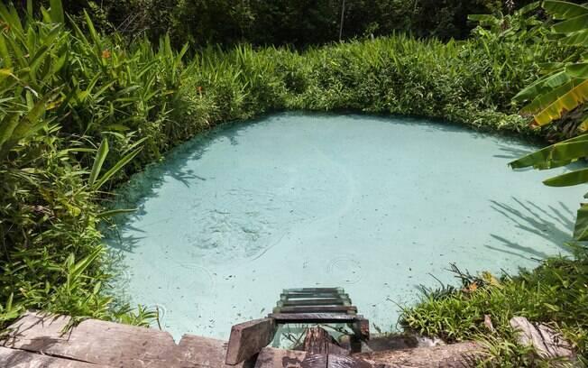Nos fervedouros do Jalapão, em Tocantis, você não afunda devido a pressão que jorra do lençol freático