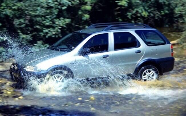 Fiat Palio Weekend Adventure foi o primeiro integrante do segmento de carros aventureiros, a partir de 1999