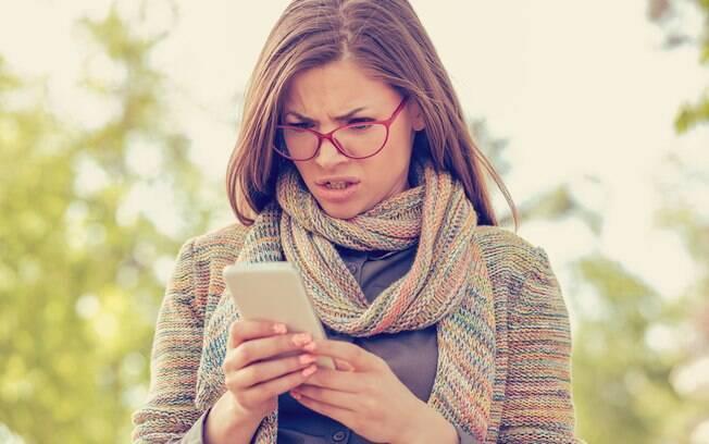 Após a morte do amigo, um rapaz tentou paquerar, com diversas mensagens de texto, a  namorada do falecido; veja o caso