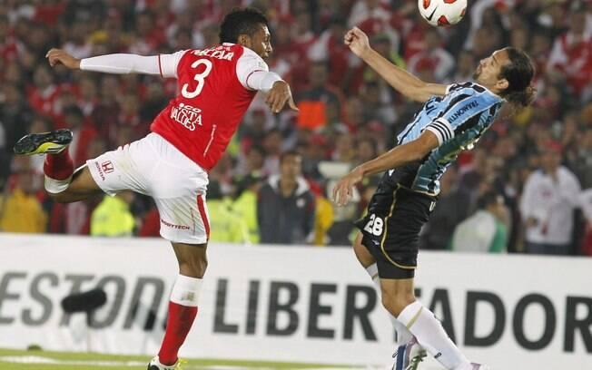 O atacante argentino Barcos tem tudo para  brigar pela artilharia do Brasileiro