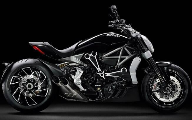 Ducati XDiavel: desenho arrojado e motor de dois cilindros em L, de 156 cv