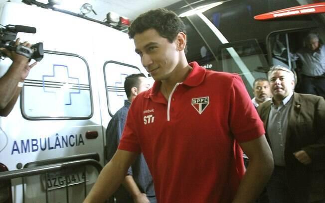 Ganso chega ao Morumbi para ser apresentado  como novo jogador do São Paulo