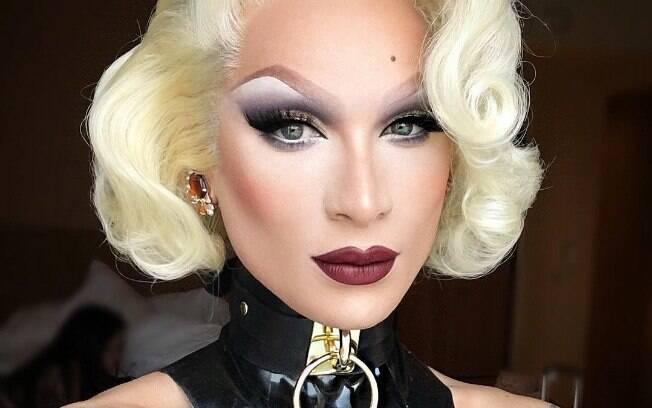 Difícil escolher uma foto só da Miss Fame: em todas ela ostenta uma make perfeita