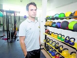 Fechado. Carlos Rodrigo Lisboa, dono de uma academia, diz que a ideia era funcionar até as 16h