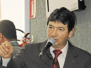 Eutair Santos (PT) pediu tempo para analisar o projeto