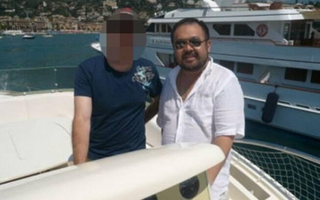 Kim Jong-nam é visto em fotos em numerosos lugares de pura ostentação; ele foi supostamente assassinado na Malásia