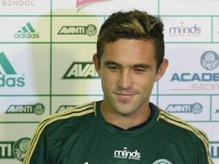 Allione foi jogador do Vélez pedido pelo técnico Gareca