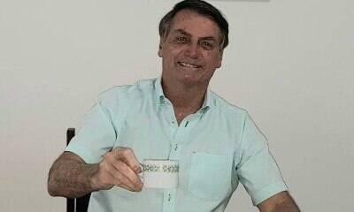 Bolsonaro monitora os efeitos da cloroquina duas vezes por dia
