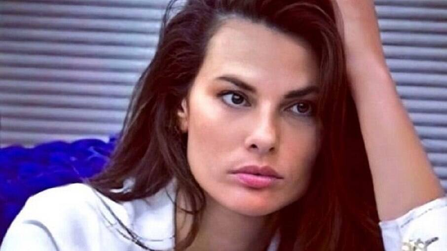 Dayane Mello continua no 'Big Brother' da Itália
