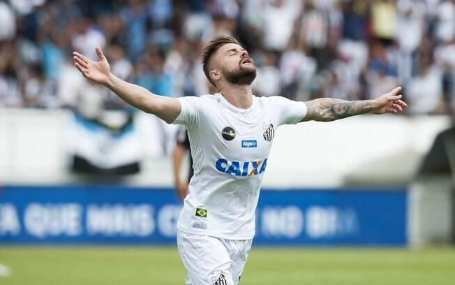 Eduardo Sasha tenta rescisão de contrato com o Santos