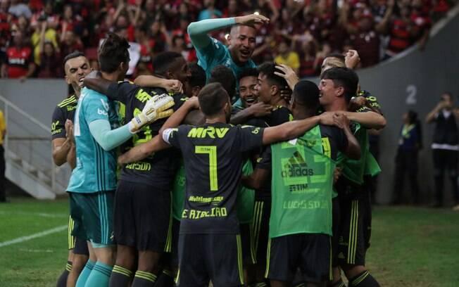 Flamengo venceu o Avaí e garantiu a liderança por mais uma rodada