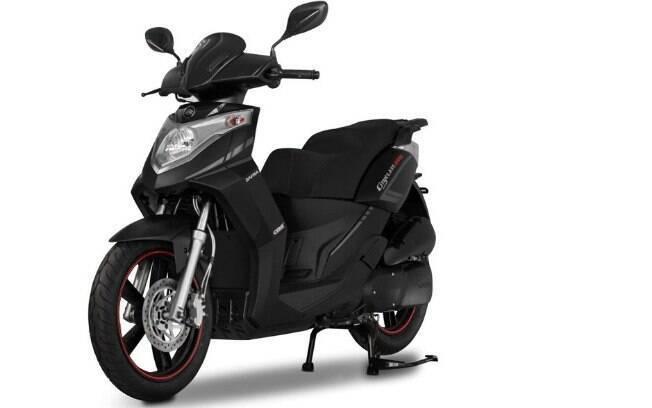 Esta 200 da Dafra é, por uma boa margem, o modelo com o maior motor entre os scooteres mais baratos
