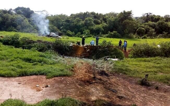 Acidente com avião aconteceu nesta manhã na zona rural de Jequitaí, em Minas Gerais
