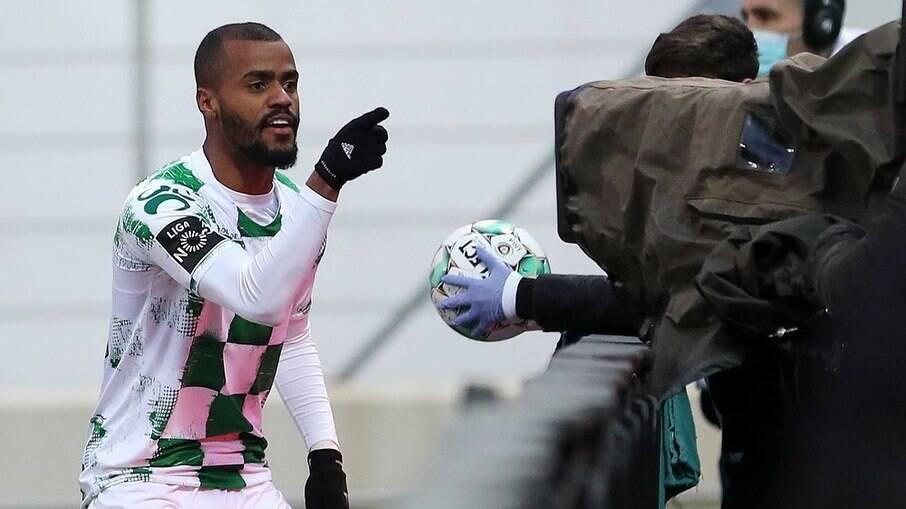 Felipe Pires atua pelo Moreirense, de Portugal